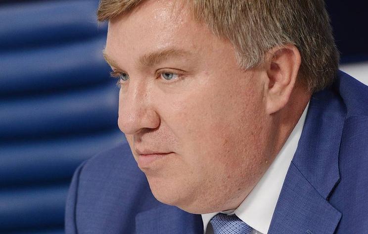 """Источник: суд отправил под домашний арест бывших топ-менеджеров банка """"Югра"""""""