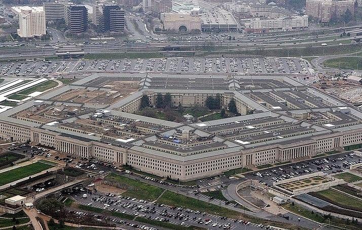 Пентагон готов помогать в охране границы США и Мексики