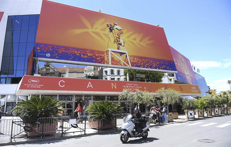 Павильон России открыли на территории кинофестиваля в Канне