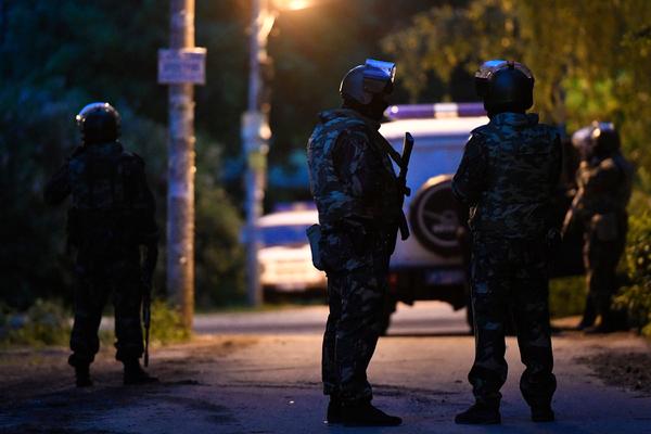 Полицейские выстрелили в грабителя банка в Москве