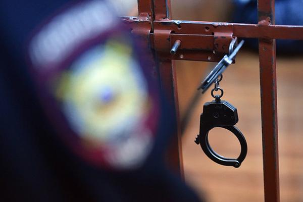 Задержанного ФСБ начальника научного центра обвинили в госизмене
