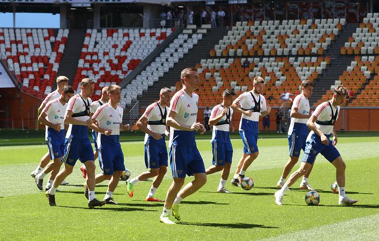 Сборная России по футболу продолжила подготовку к матчу отбора ЧЕ-2020 с командой Кипра