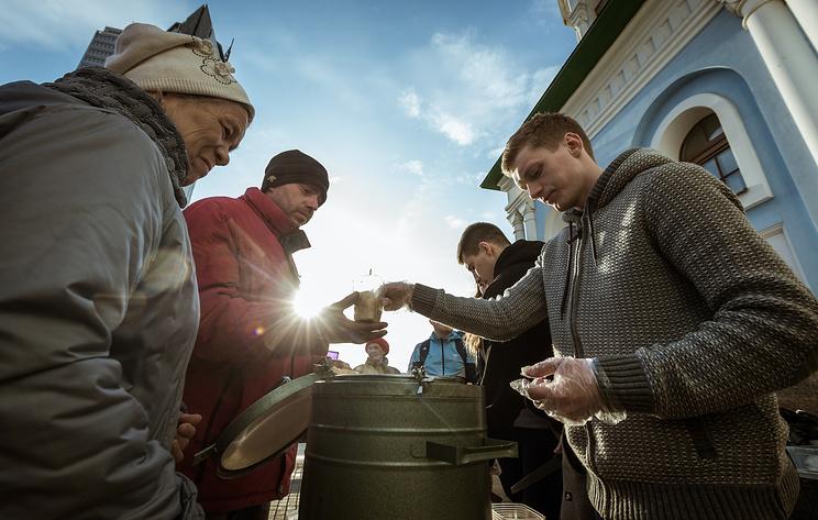 Число бедных россиян в 2018 году сократилось на 400 тыс.