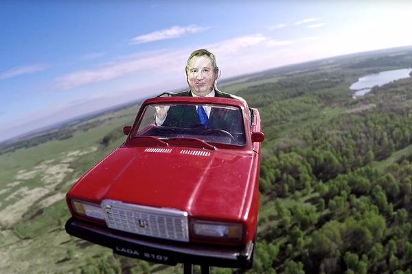 Илон Маск высказался о мини-Рогозине на «Семерке» в космосе
