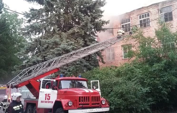 На складе в Ставропольском крае произошел пожар