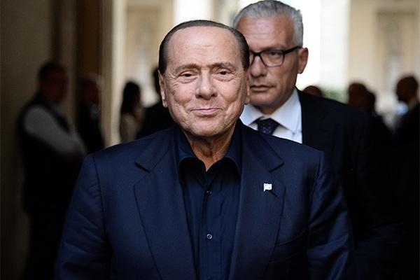 Берлускони встретился с Путиным и пообещал добиться снятия санкций с России