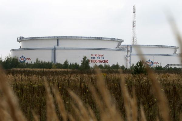 Поставки нефти по «Дружбе» снова остановили