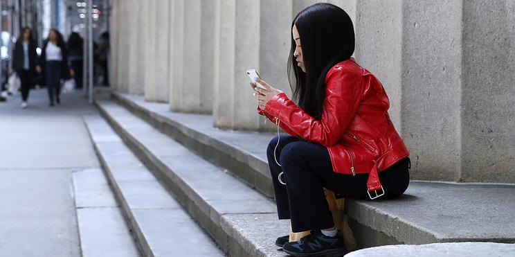 """Что нужно знать о """"старящем"""" приложении FaceApp. Максимально коротко (230 слов)"""