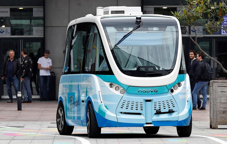 В Таллине открыт первый маршрут, где пассажиров перевозит беспилотный электробус