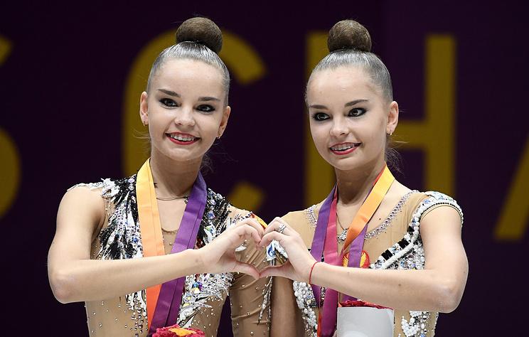Сестры Аверины выступили на церемонии открытия юниорского ЧМ по художественной гимнастике