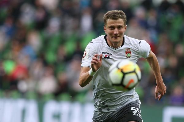 Футболист забил в свои и чужие ворота в матче РПЛ