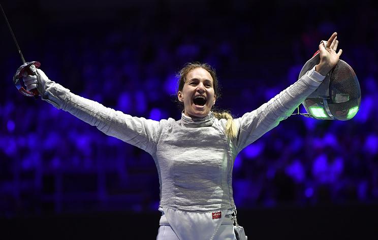 Саблистка Великая завоевала серебро чемпионата мира по фехтованию