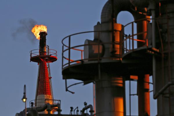 Нефть обрушилась