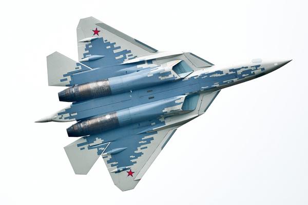 Раскрыт способ Су-57 избежать удар F-22 и F-35