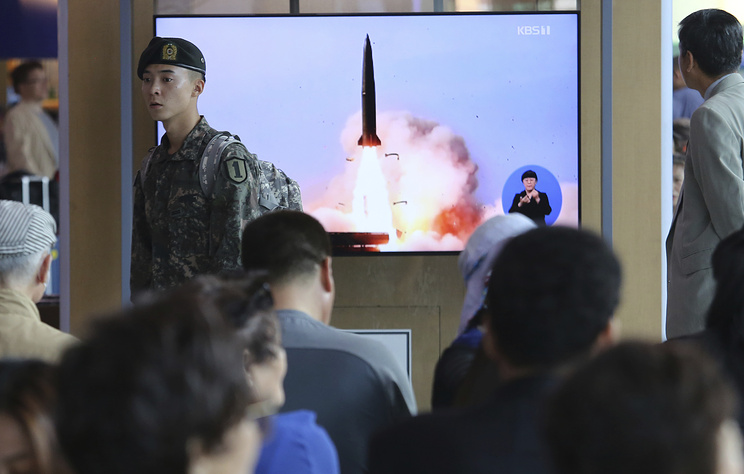 СМИ: КНДР произвела запуск двух ракет