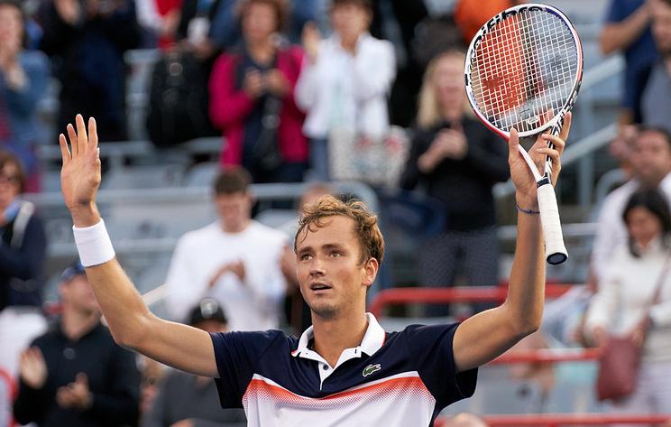 Российский теннисист Медведев поднялся на восьмое место в рейтинге ATP