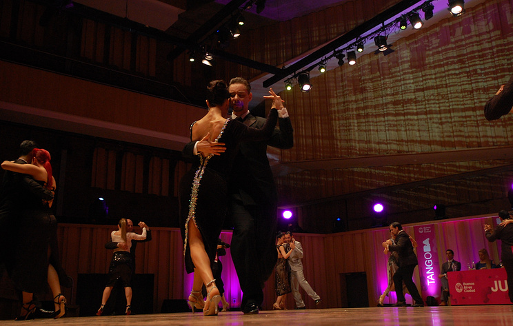 Более 10 пар из России участвуют в чемпионате мира по танго в Аргентине