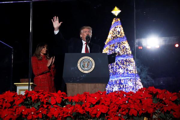 Трамп притормозил торговую войну с Китаем ради рождественского шопинга