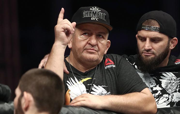Нурмагомедов заявил, что присутствие отца придавало ему сил в бою за титул чемпиона UFC