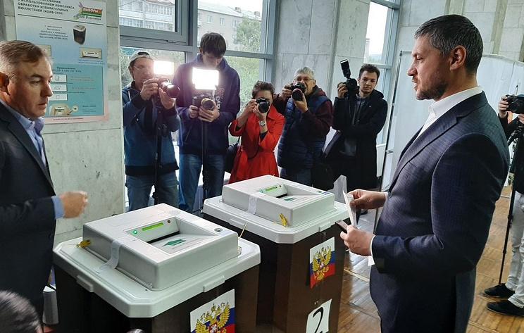Врио губернатора Забайкалья одним из первых проголосовал на своем участке