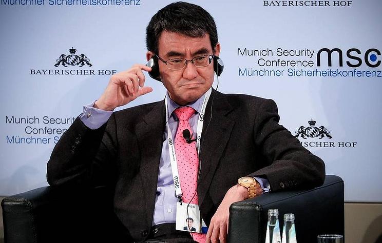 Глава МИД Японии Таро Коно может занять пост министра обороны