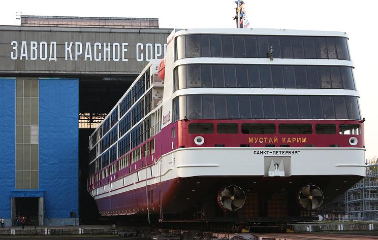 """Круизный теплоход """"Мустай Карим"""" спустят на воду в Нижнем Новгороде"""