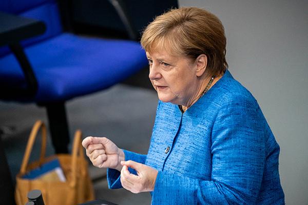 Меркель перестала считать США защитником Европы
