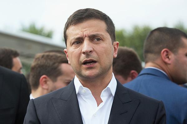 Зеленский пошутил про диктатуру на Украине