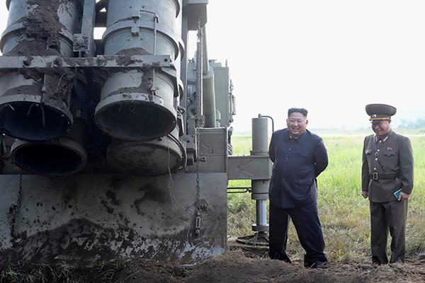 Ким Чен Ын похвастался своим сверхкрупным орудием