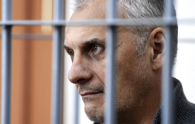 ВС РФ отменил решения о продлении ареста экс-губернатора Хорошавина с 2015 по 2018 годы