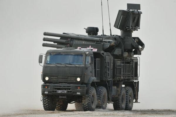 «Панцирь-С1» и С-400 «научились» уничтожать
