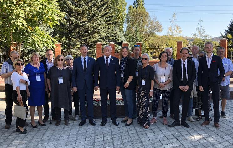 Народные дипломаты из Норвегии планируют проехать по железной дороге по Крымскому мосту