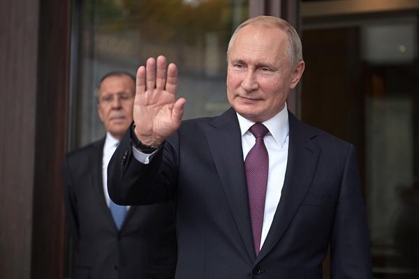 Путин задумал создать новую госкорпорацию