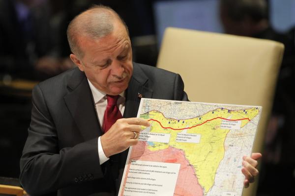 Президент Турции счел военное вторжение в Сирию разумным способом вернуть мир