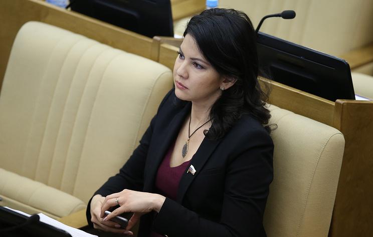 Посол РФ сообщил о задержании депутата Юмашевой в аэропорту Нью-Йорка