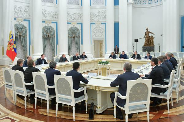 Путин объяснил новым губернаторам способ достичь успеха