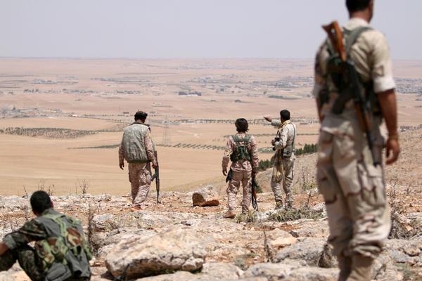 Курды прекратили борьбу с «Исламским государством» после атаки Турции