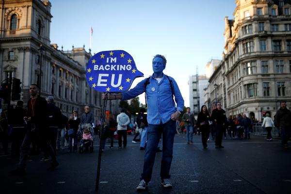 Великобритания запустила особый план по жесткому Brexit