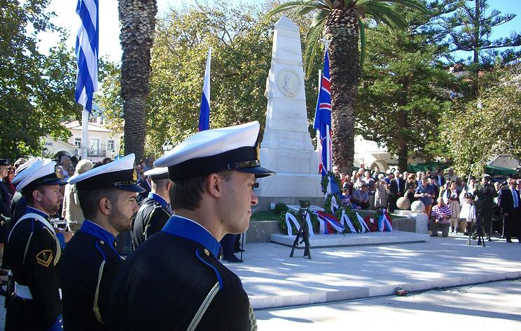 В греческом городе Пилос проходят торжества в честь 192-й годовщины Наваринского сражения