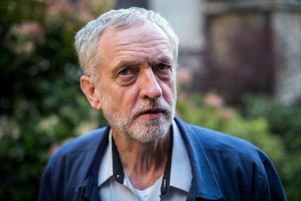 Президента США обвинили во вмешательстве в британские выборы