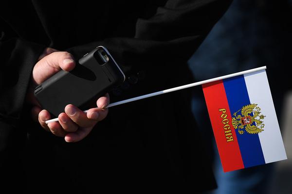 Депутаты захотели запретить смартфоны без российского ПО