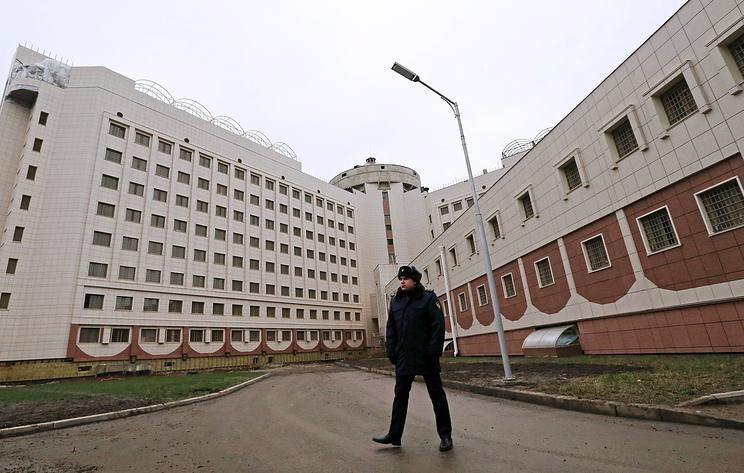 Экс-замначальника УФСИН по Петербургу и Ленобласти обвинили в особо крупной взятке
