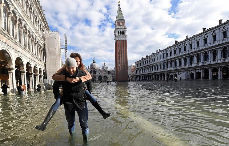 """Что такое """"высокая вода"""" и может ли Венеция превратиться в город-призрак"""