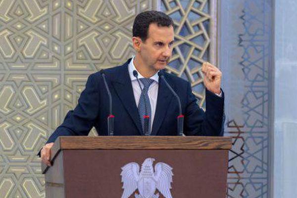 Асад обвинил ЦРУ в убийстве основателя «Белых касок»
