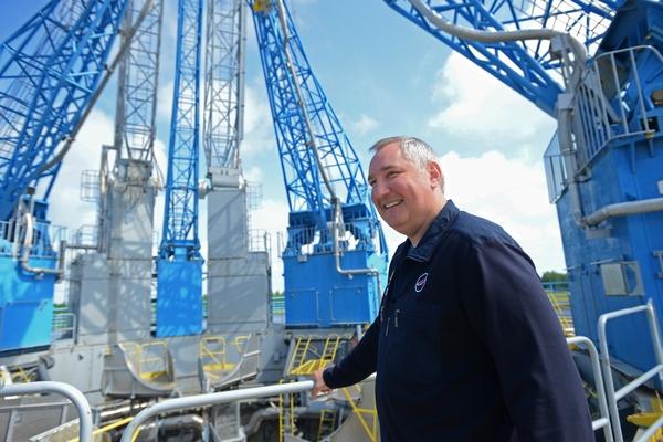 Рогозина сочли достойным зарабатывать больше главы НАСА