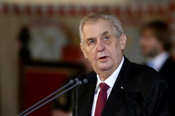 Президент Чехии высказался об установке памятника генералу Власову