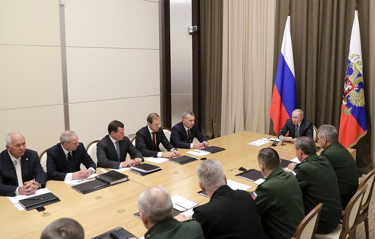 Путин удовлетворен тем, как исполняются его поручения по развитию Вооруженных сил и ОПК