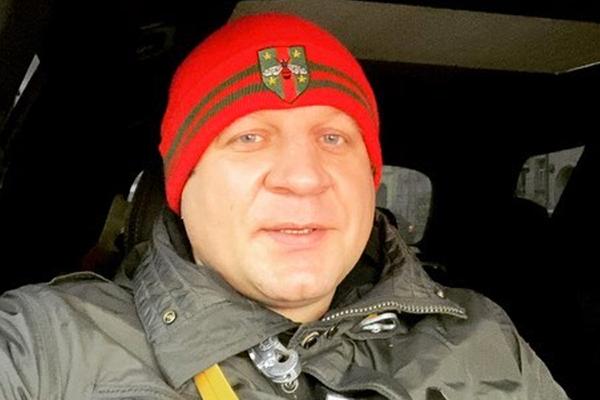 Емельяненко ответил на вызов олимпийского чемпиона