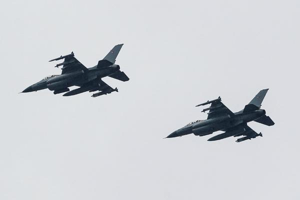 Третий за последние месяцы американский F-16 пострадал