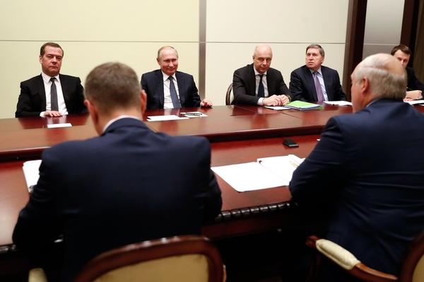 На переговорах Путина и Лукашенко погас свет